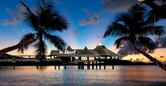 Le Roof Restaurant Lieux Gt Le Guide Du Voyage Et Du