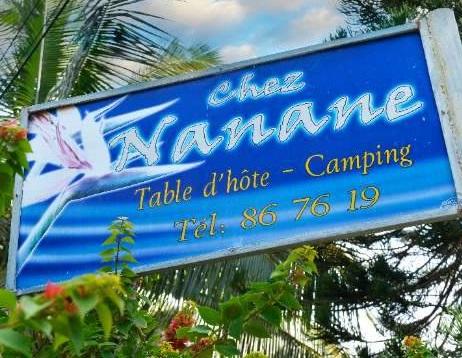 CHEZ NANANE - Chambre et Table d'hôtes, Camping, Excursions en mer - Poé plage - Bourail