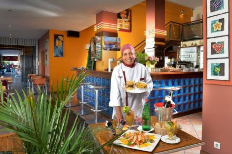 THE BEST CAFE - Restaurant, Bar- Nouméa