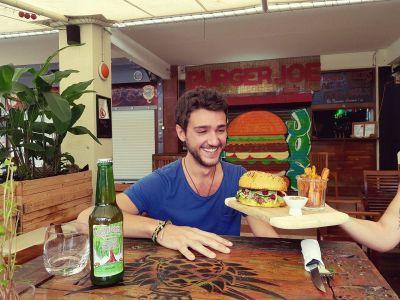 BURGER JOE - Restaurant produits frais et locaux - Nouméa - Photo 4 - Nouvelle-Calédonie