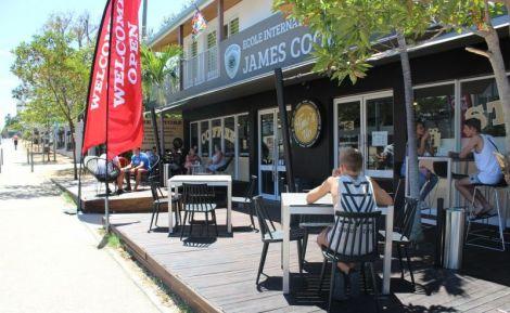 TIME'S UP - Bar � caf�s & Restaurant - Noum�a