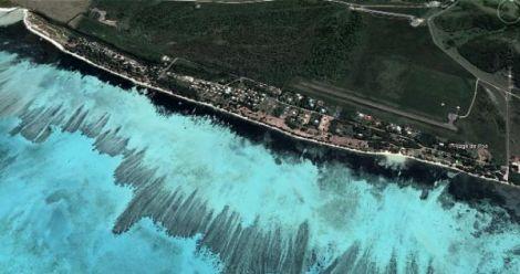 PLAGE DE POÉ - Bourail - Nouvelle-Calédonie