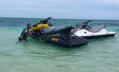 JET PARADISE - Jetski, flyboard, hoverboard, Jet à bras,  bouée tractée à Poé - Bourail - Photo 2 - Nouvelle-Calédonie