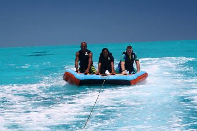JET PARADISE - Jetski, flyboard, hoverboard, Jet à bras,  bouée tractée à Poé - Bourail - Photo 4 - Nouvelle-Calédonie