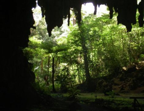 Grotte d'Oumagne dite Grotte de la Reine Hortense - Ile des Pins